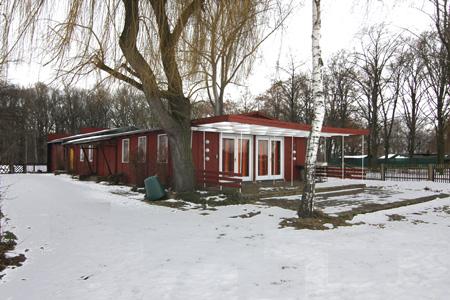 Vereinshaus.